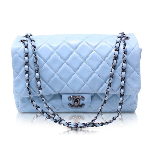 Chanel Classic Flap Maxi Baby Blu Le Chic
