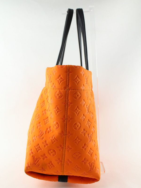 louis-vuitton-scuba-mm-tote-orange-limited-edition-lechic