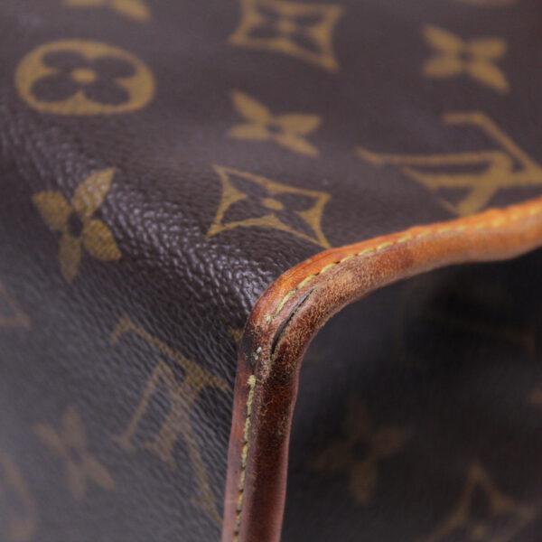 Louis Vuitton Popincourt Monogram Le Chic