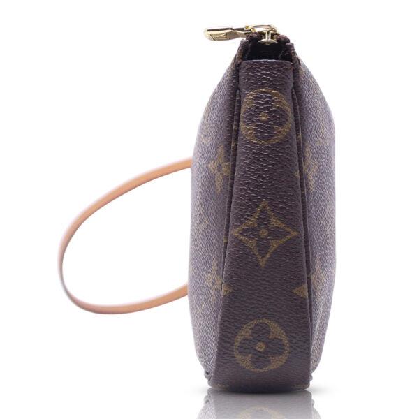 Louis Vuitton Pochette Accessoires Monogram Le Chic